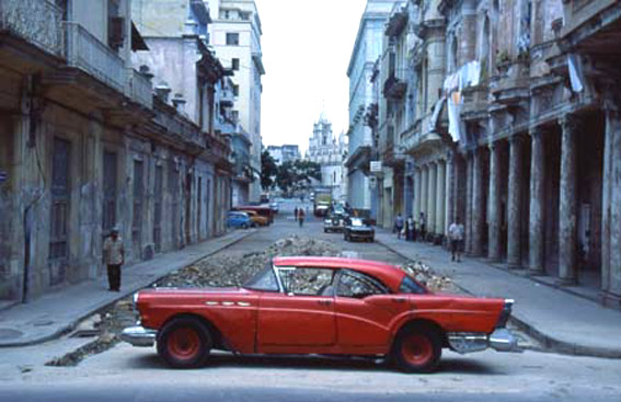 Havanna: alter Stein, altes Blech