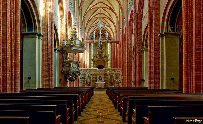 Havelberg,- Blick in den Dom St. Marien.