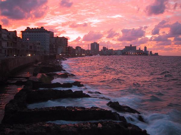 Hawanna (Malecon, Cuba)