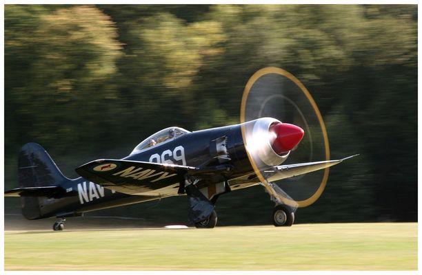 Hawker Sea Fury - Lift off