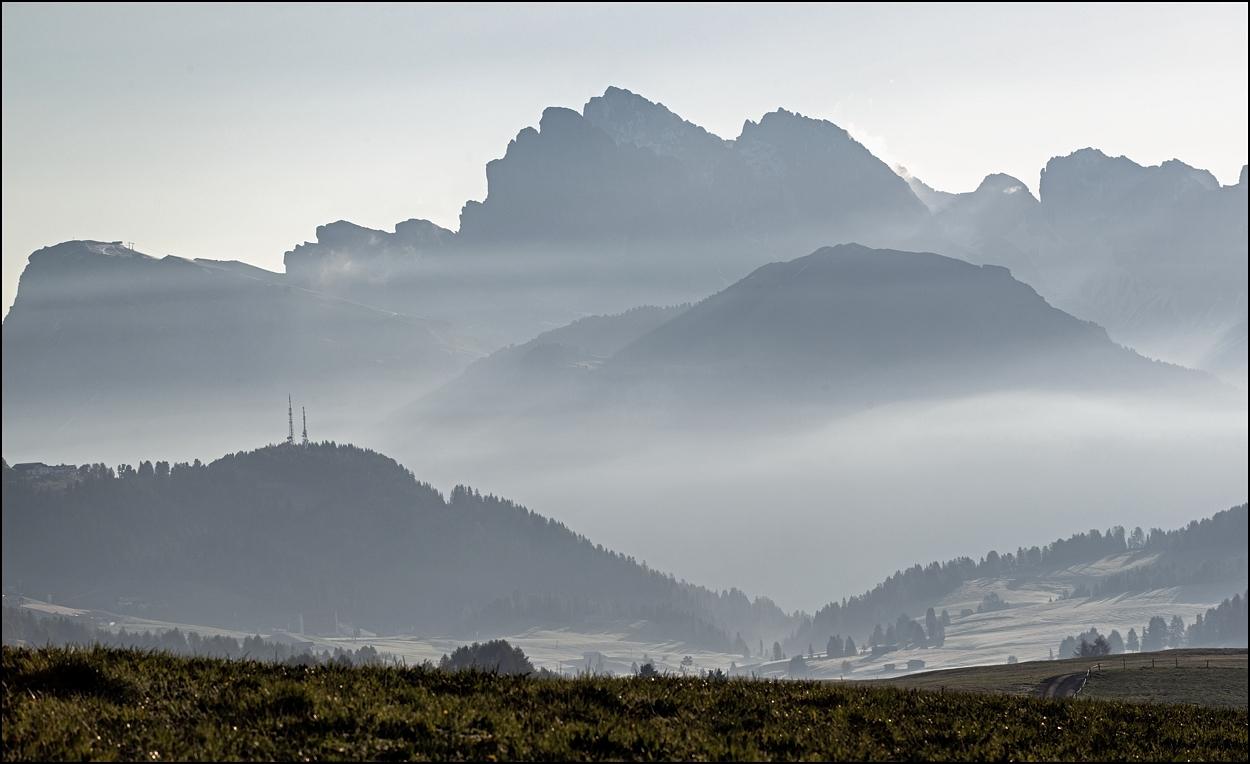 Haze around the Mountains