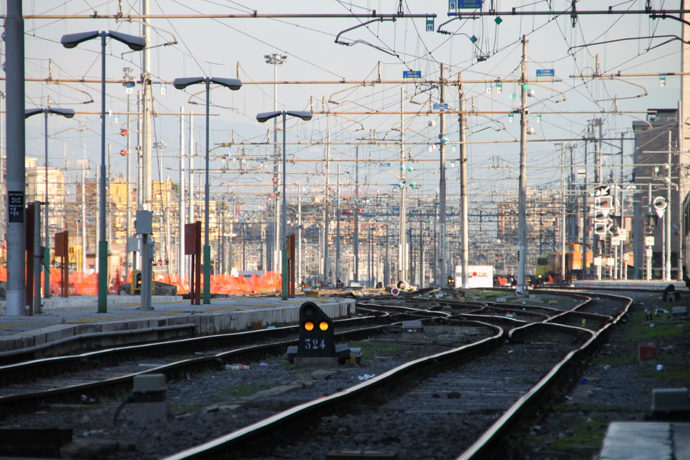 Hbf Rome Terminal Train Station - Roma Termini Station from Watz