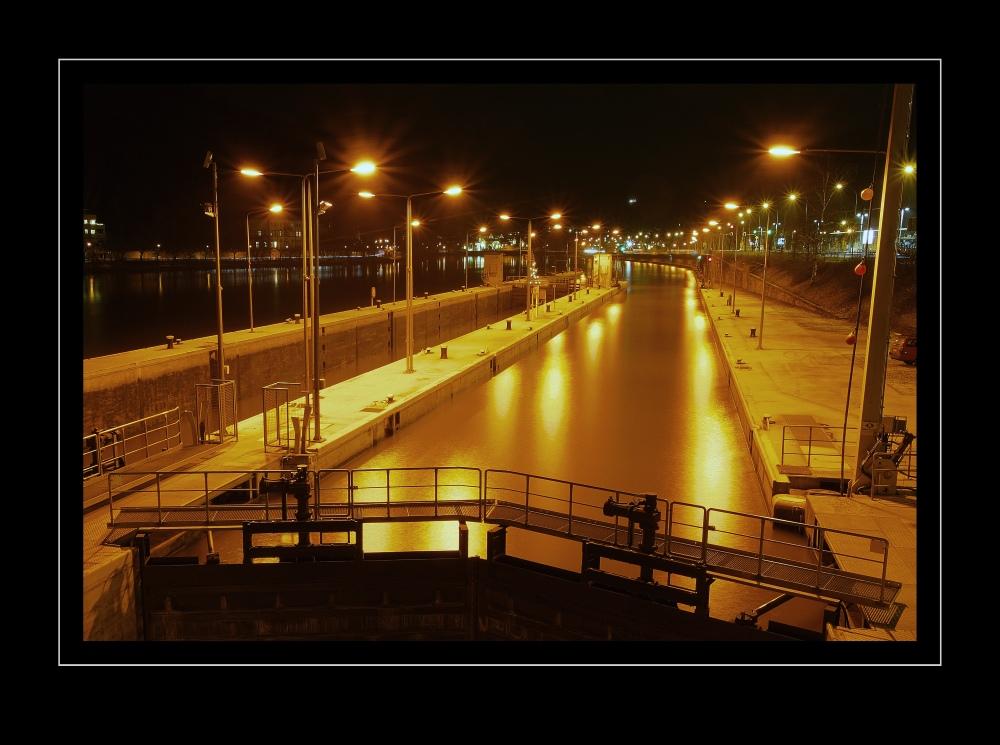 HD ... by Night (7)