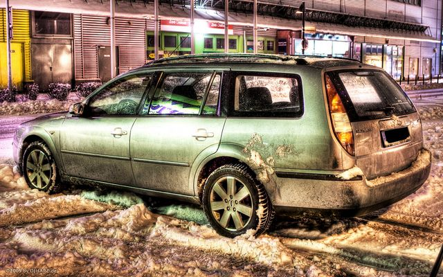 HDR DIRTY FORD MONDEO AT SNOW