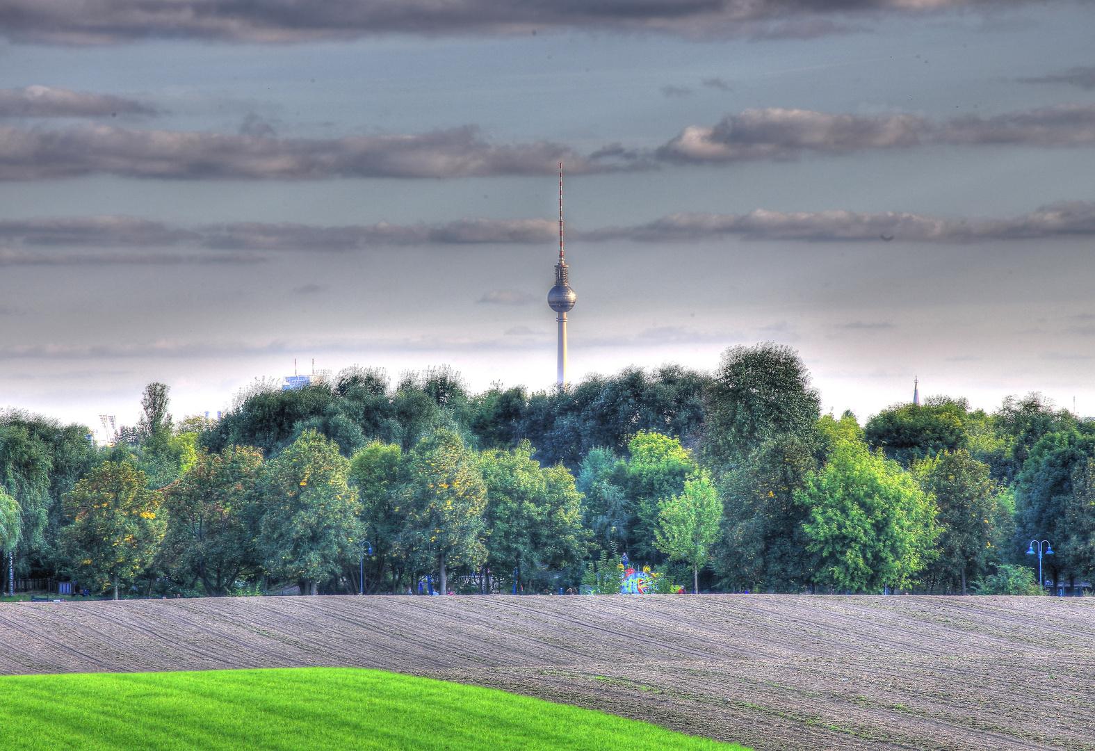 HDR Fernsehturm / Berlin