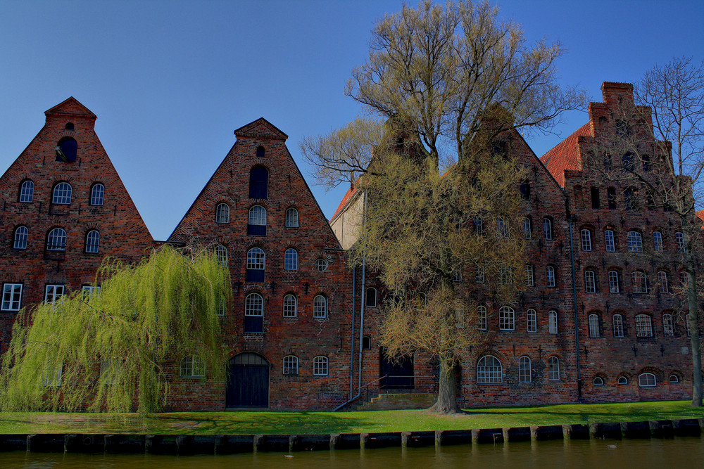 HDR Lübecker Salzspeicher in Farbe