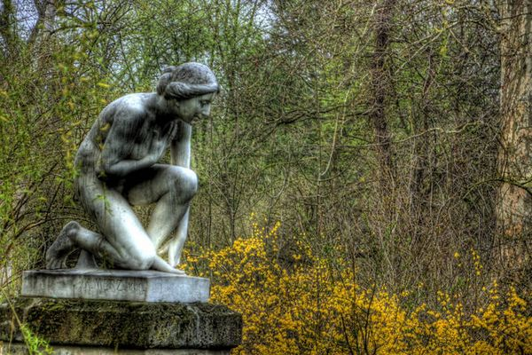 HDR Statue