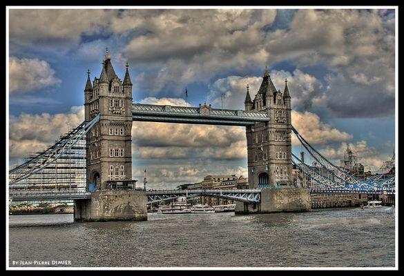 HDR Tower Bridge -London-