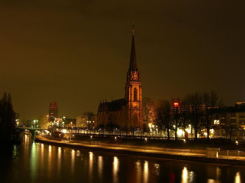 [HE] Frankfurt/Main - Kirche am Museumsufer