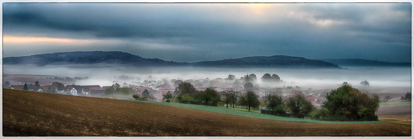 Heegheim im Nebel 1