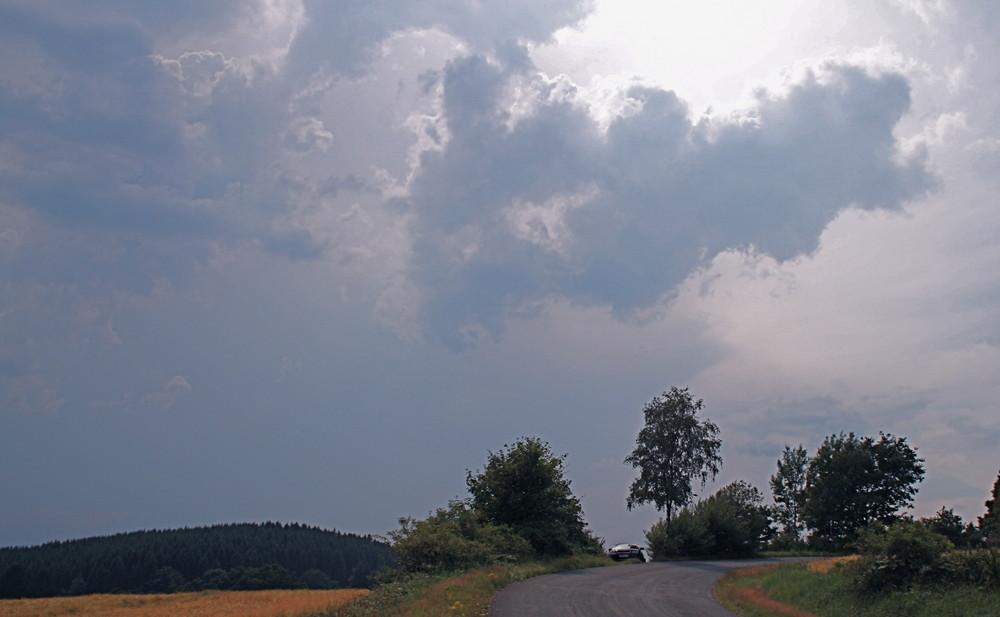 Heftige Gewitter mit Starkregen in NRW