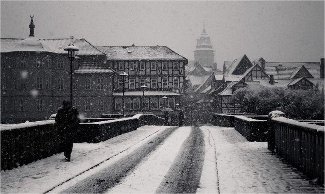 Heftiger Wintereinbruch in südniedersächsischer Kleinstadt #1