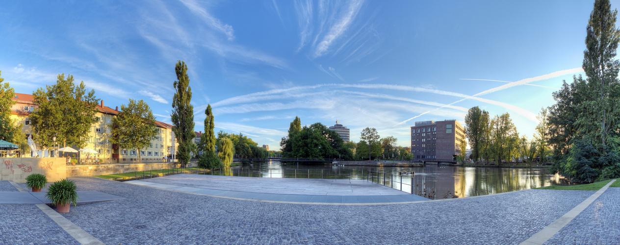 Heilbronn Neckarpromende. Architekturen Gegenüber II