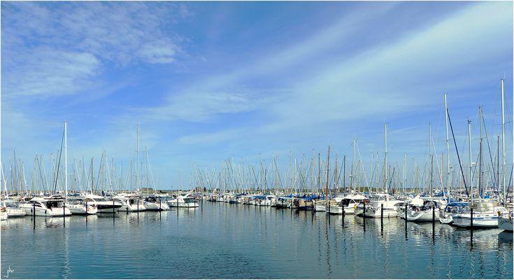 Heilgenhafen Marina - blau-weiß
