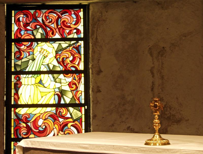 ~ Heilig-Kreuz-Kirche: In der Krypta ~