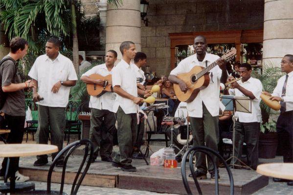 Heiße Rhythmen in Havanna