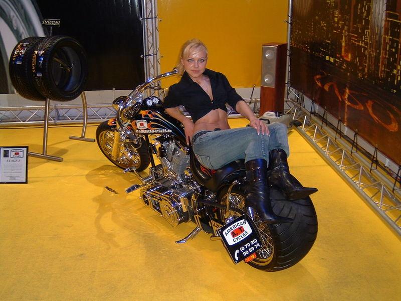hei es motorrad von der motorshow essen foto bild. Black Bedroom Furniture Sets. Home Design Ideas