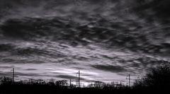 Heiter bis wolkig in greulich-gräulichen Tönen