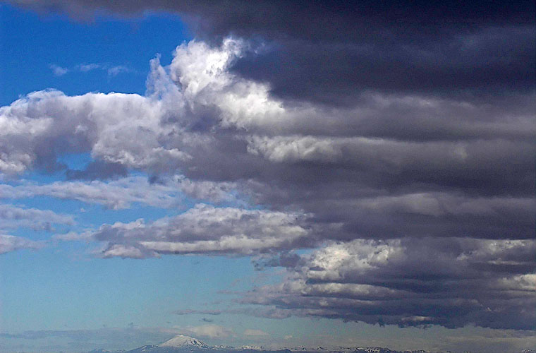 Hekla und die Wolken