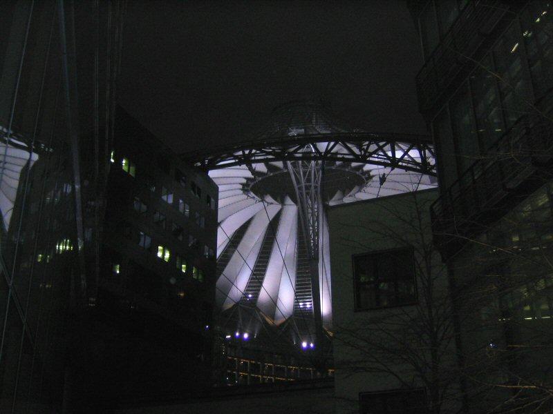 Hell erleuchtet: SONY Center