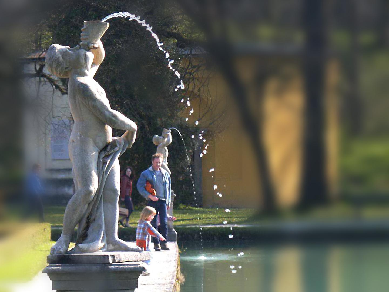 Hellbrunn - Lustgarten des Barock
