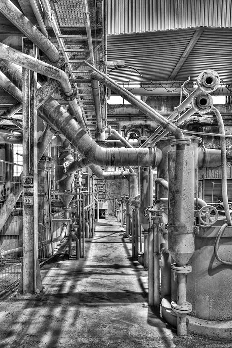 Helligkeitskontraste in der Fabrik - Rohverbindungen