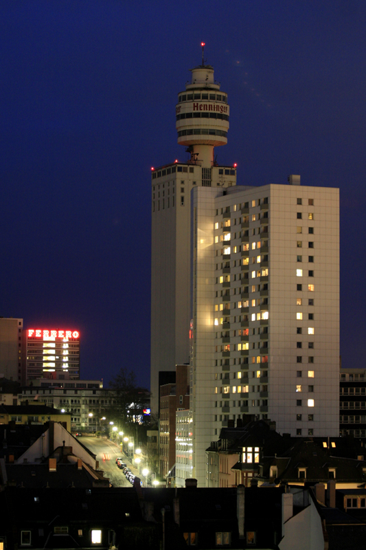 Henninger Turm und Ferrero