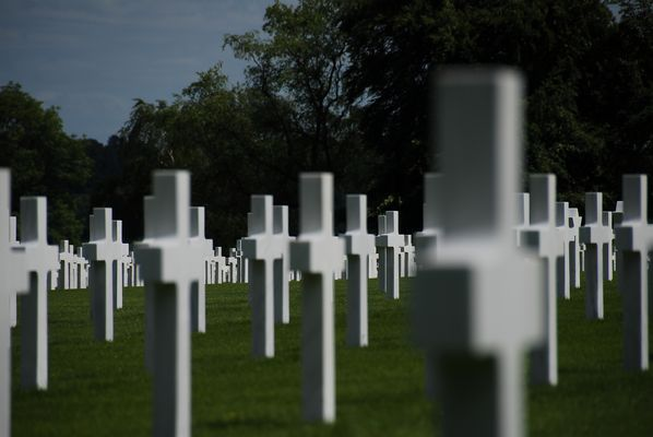 Henri-Chapelle American Cemetery and Memorial -r-
