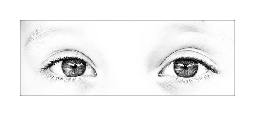 her eyes - watching