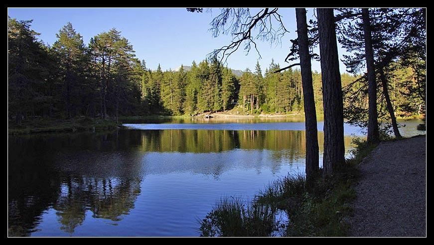 Herbst am Möserer See in Tirol