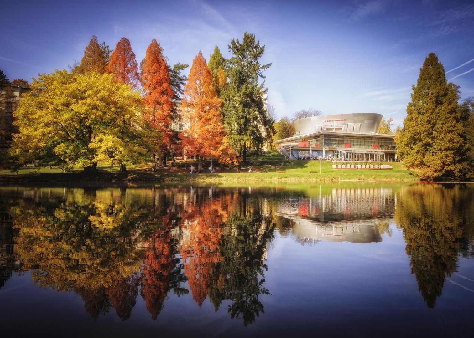 Herbst im Deutsch-Französischen-Garten...