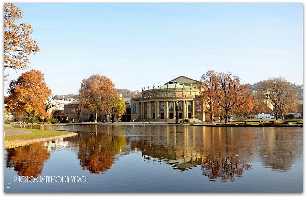Herbst im Schloßgarten Stuttgart (Staatsteater)