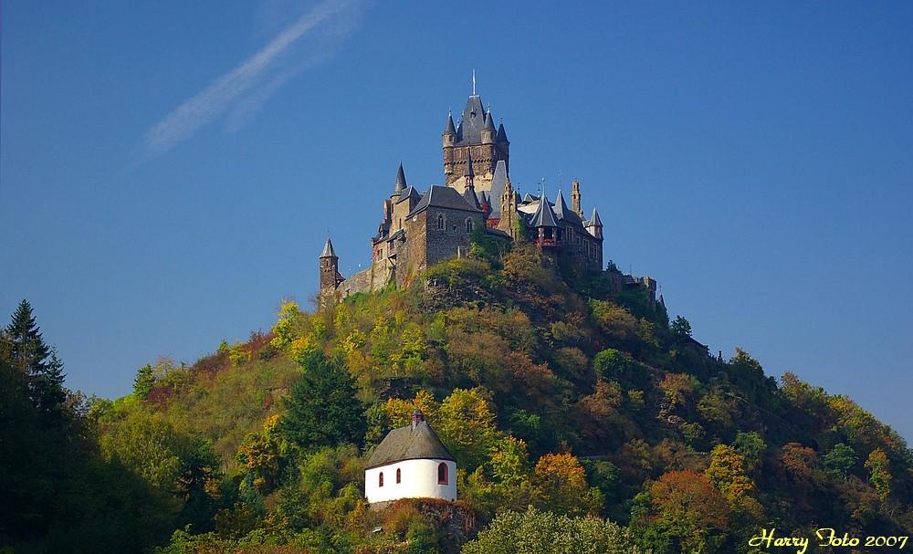 Herbst in Cochem an der Mosel,- die Reichsburg.