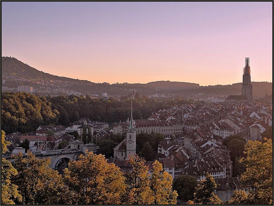 Herbstabend über Bern  /  CH