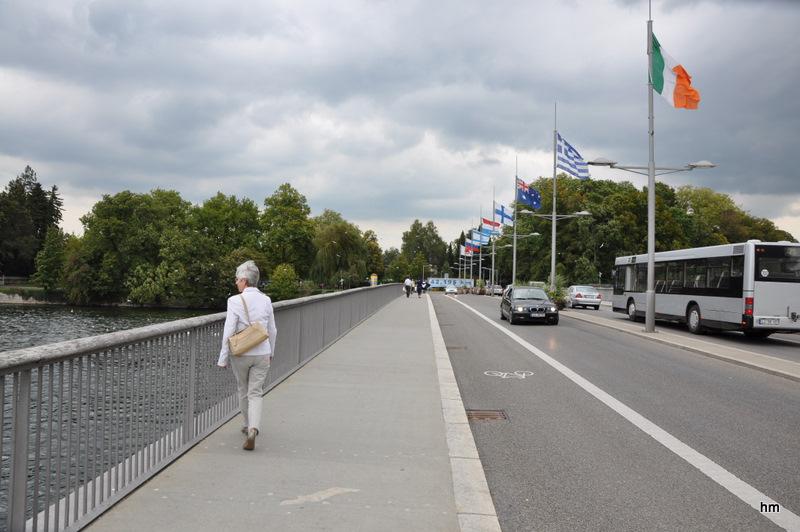 Herbstbeginn: Es stürmt auf der Lindauer Seebrücke