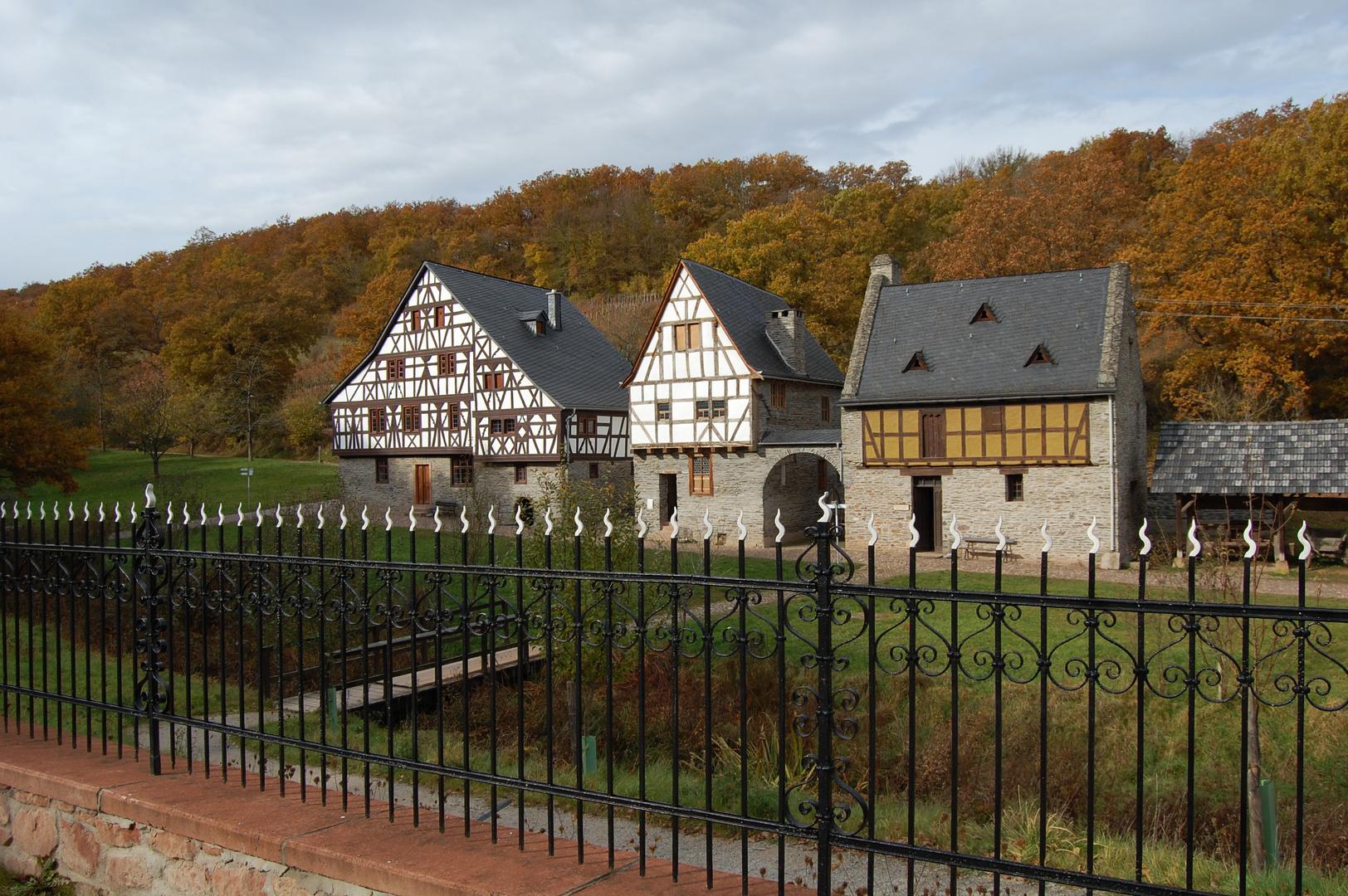 Herbstbild Freilichtmuseum Bad Sobernheim