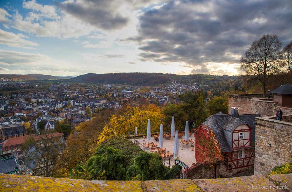 Herbstblick über Marburg