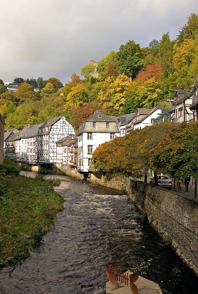 Herbstgewitter über Monschau