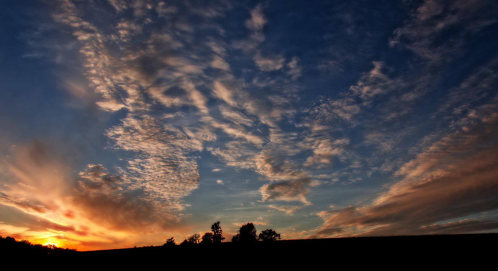 Herbsthimmel am Abend