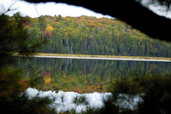 Herbstlandschaft in Kanada (Ontario)