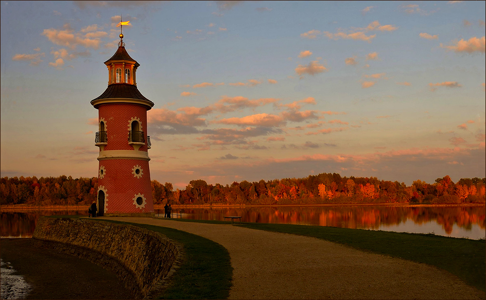 Herbstleuchten am Leuchtturm ...,