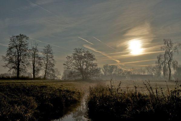 """Herbstliche Landschaft """"gemalt"""" mit Morgensonne"""