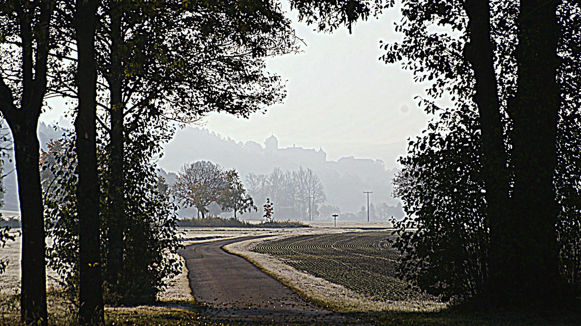 herbstlicher Blick auf die Festung Rosenberg
