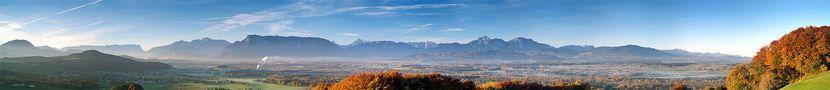 Herbstlicher Blick ins Salzburger u. Bayerische Alpenvorland von H. Hermeter