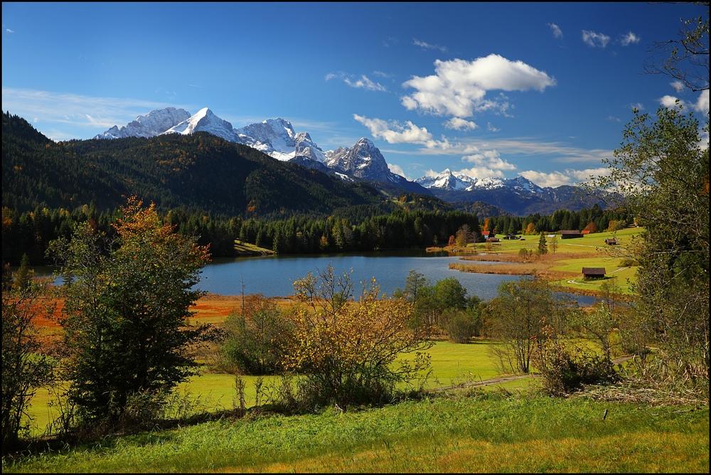 ~ Herbstlicher Seeblick I ~