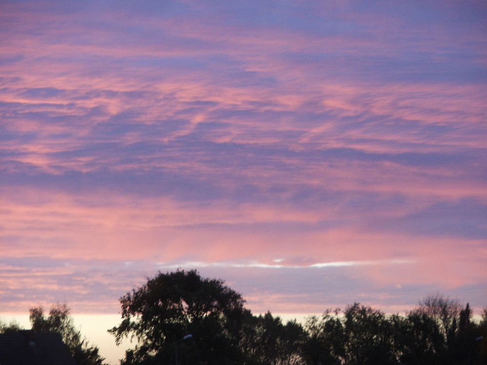 Herbstlicher Sonnenaufgang im Norden