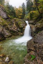 herbstlicher Wasserfall