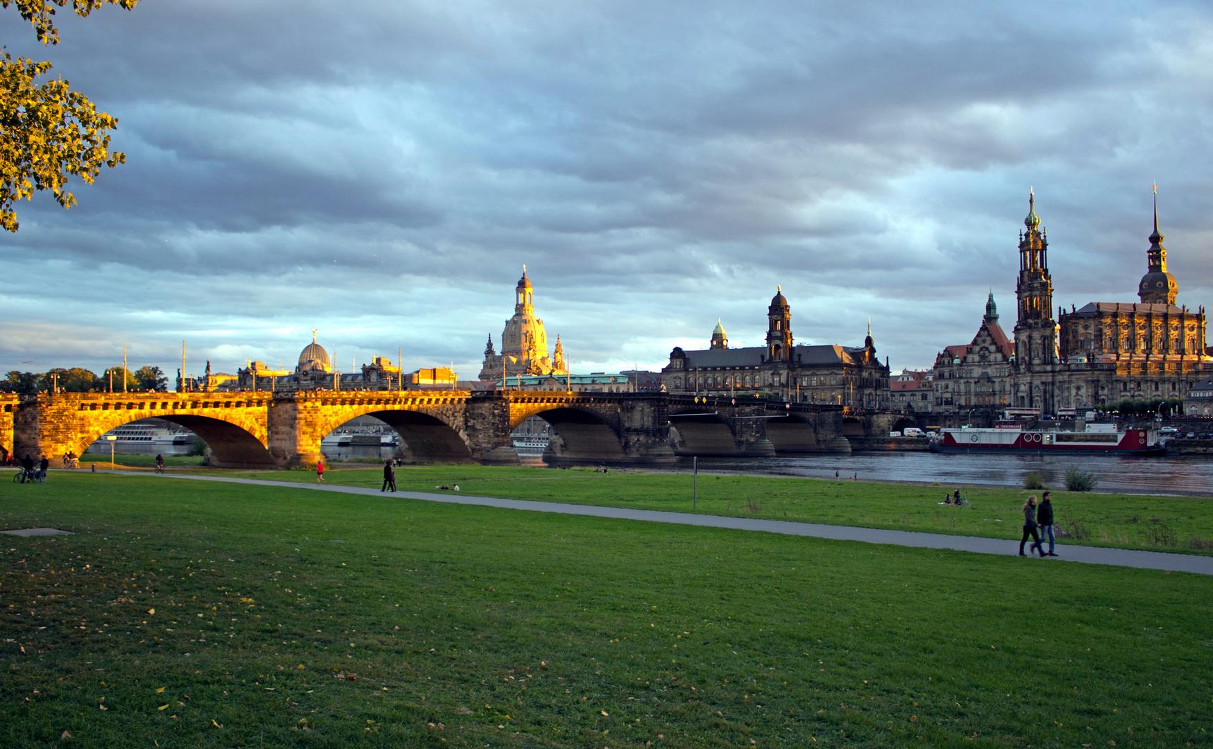 Herbstliches Dresden
