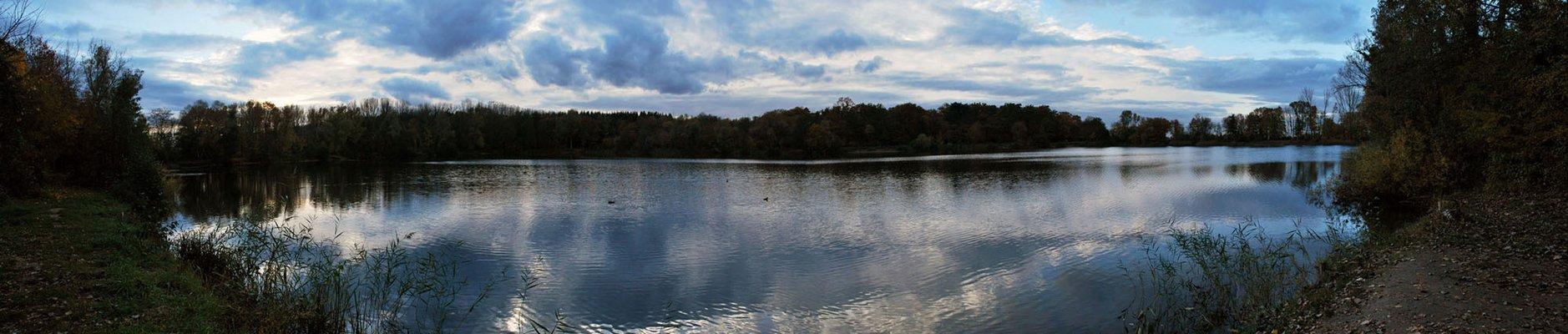 Herbststille am Niederwaldsee