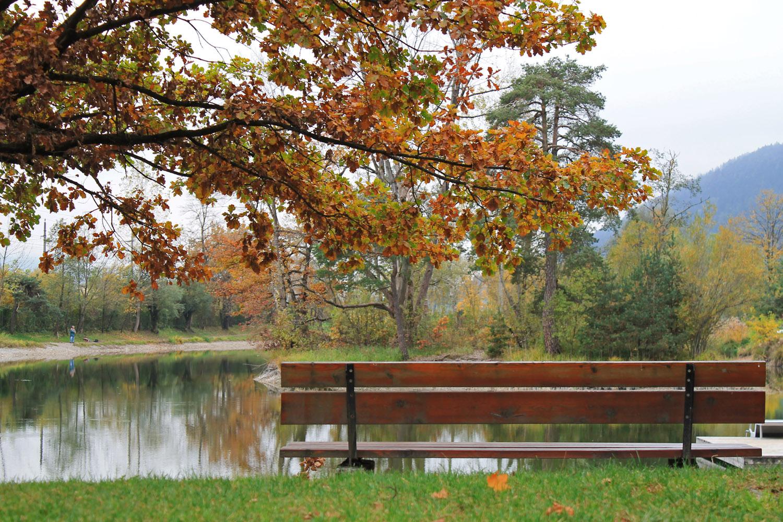 *Herbststimmung am Badesee*